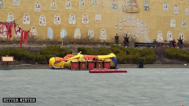 Tropfwasser-Guanyin-Statue