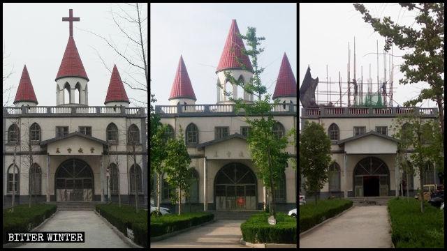 Das Kreuz wurde abmontiert und im Juni wurden die drei Kirchenspitzen entfernt.