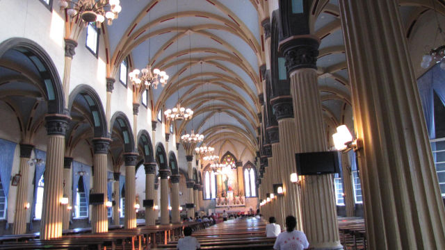 Innenansicht der Kathedrale des Heiligen Dominik in Fuzhou