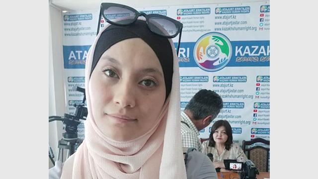 Leila-Adilzhan, die sich für die Freilassung ihres Mannes einsetzt