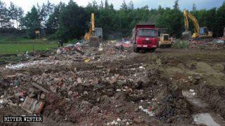 Buddhistische und Daoistische Tempel in der Nacht heimlich zerstört