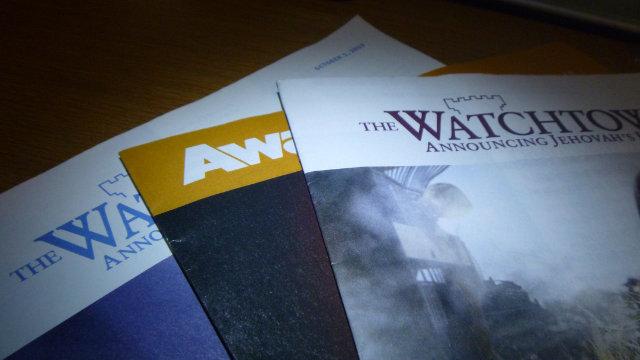 Veröffentlichungen von Zeugen Jehovas